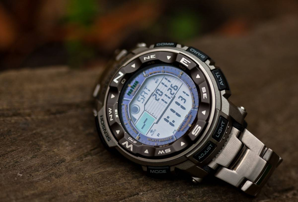 how to set the time on a suunto m1