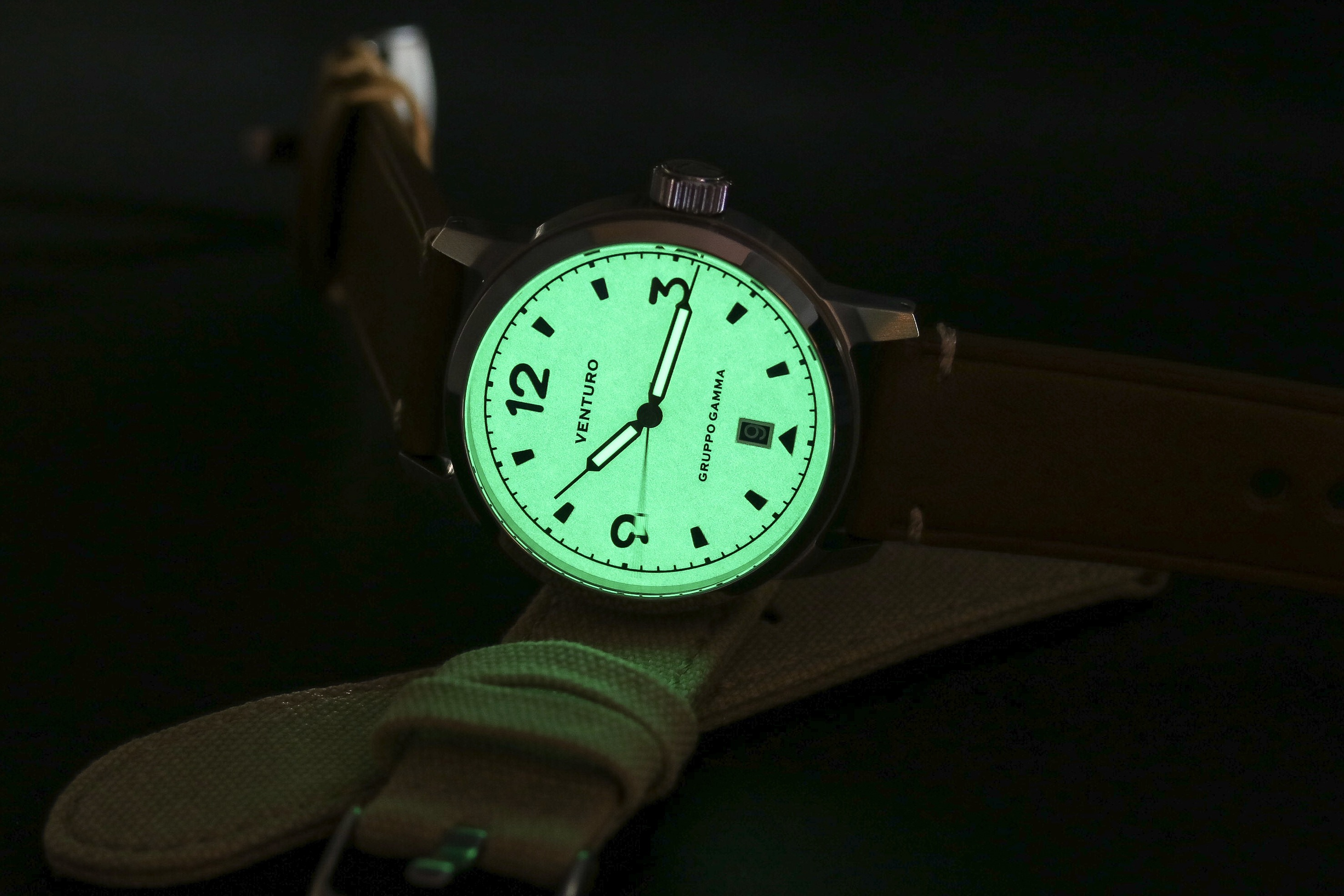 Venturo Field Watch