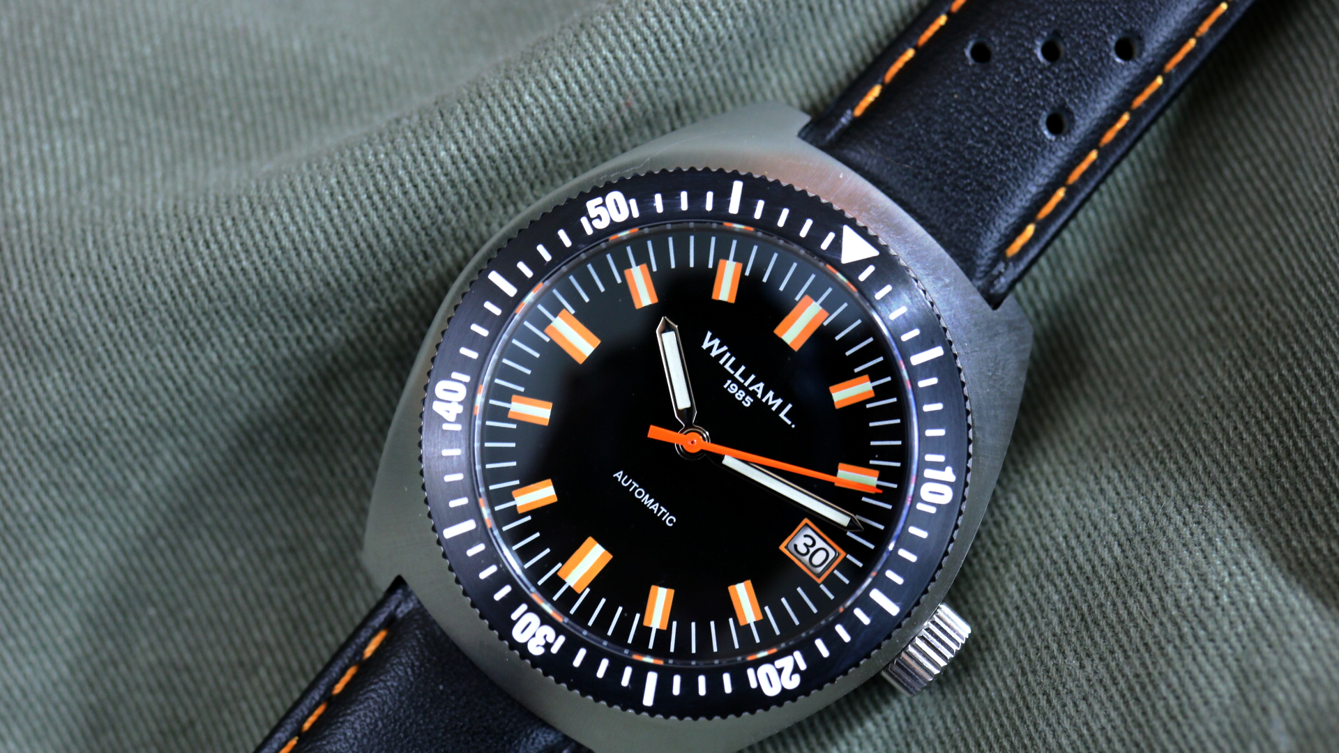 William L. 1985 Vintage Diver