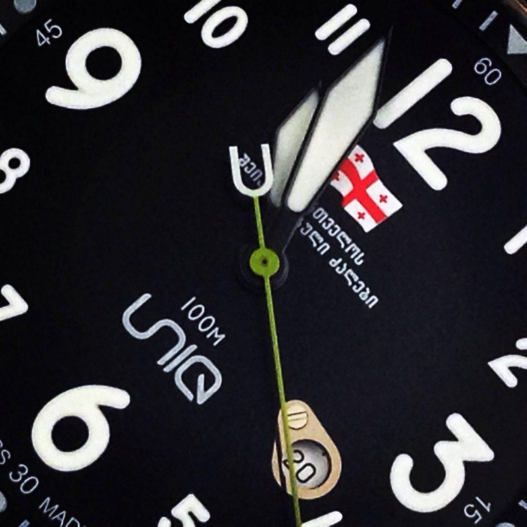 UNIQ-gaf44-watch