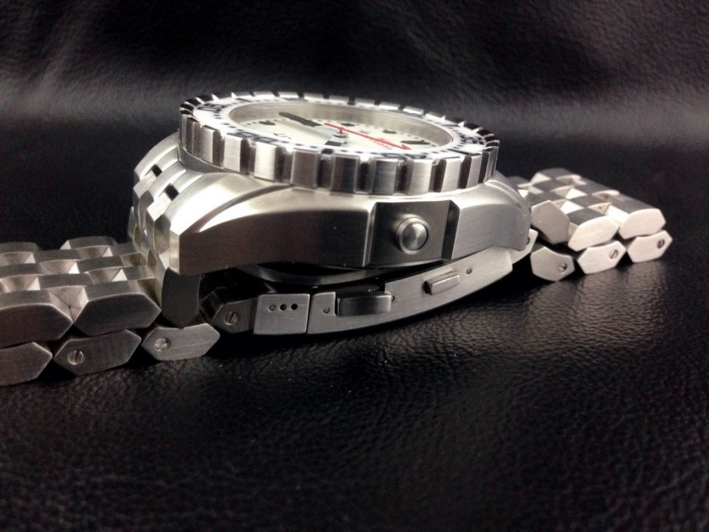 Boschett-harpoon-white-dial