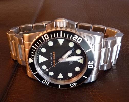 helson shark diver  video  review watchreportcom 503 x 399 · jpeg