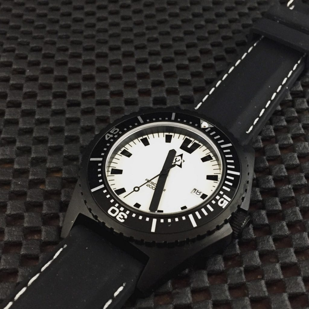 Luxmento Naylamp Rescue II watch review