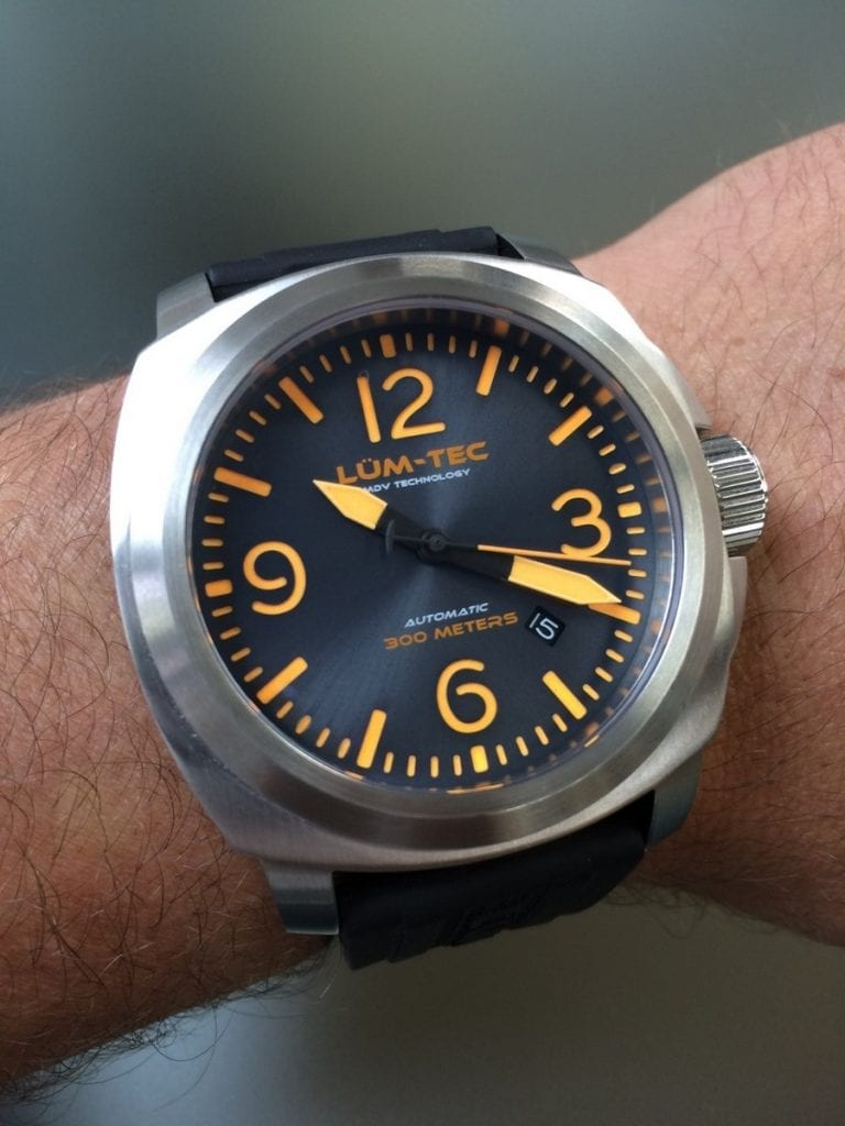 lum_tec_m_watch_review_watchreport