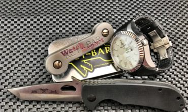 WatchReport_Giveaway_Alessandro_Baldieri_Keybar_Emerson_Knife