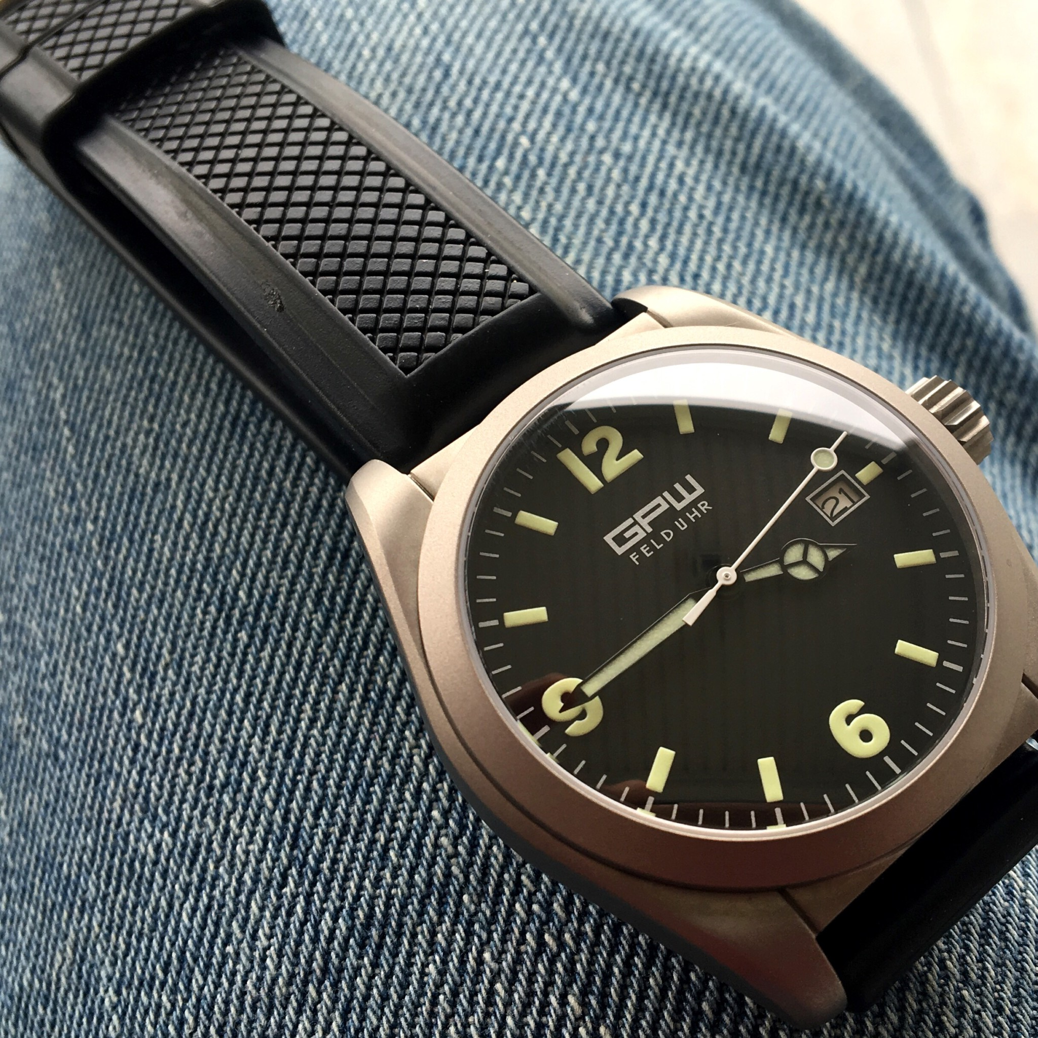 Gpw Field Model Watch Review Watchreport Com