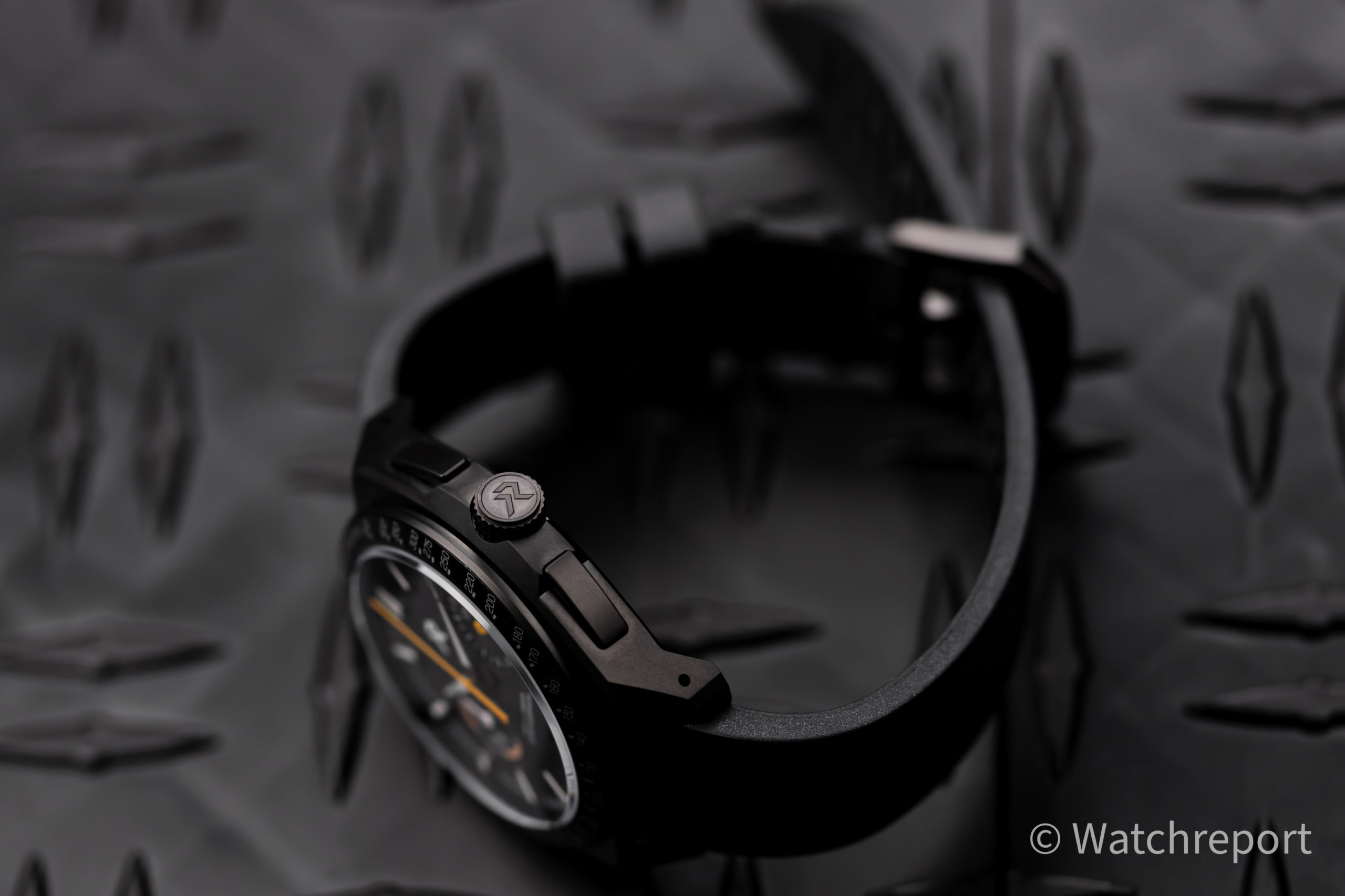 RZE Valour Chronograph